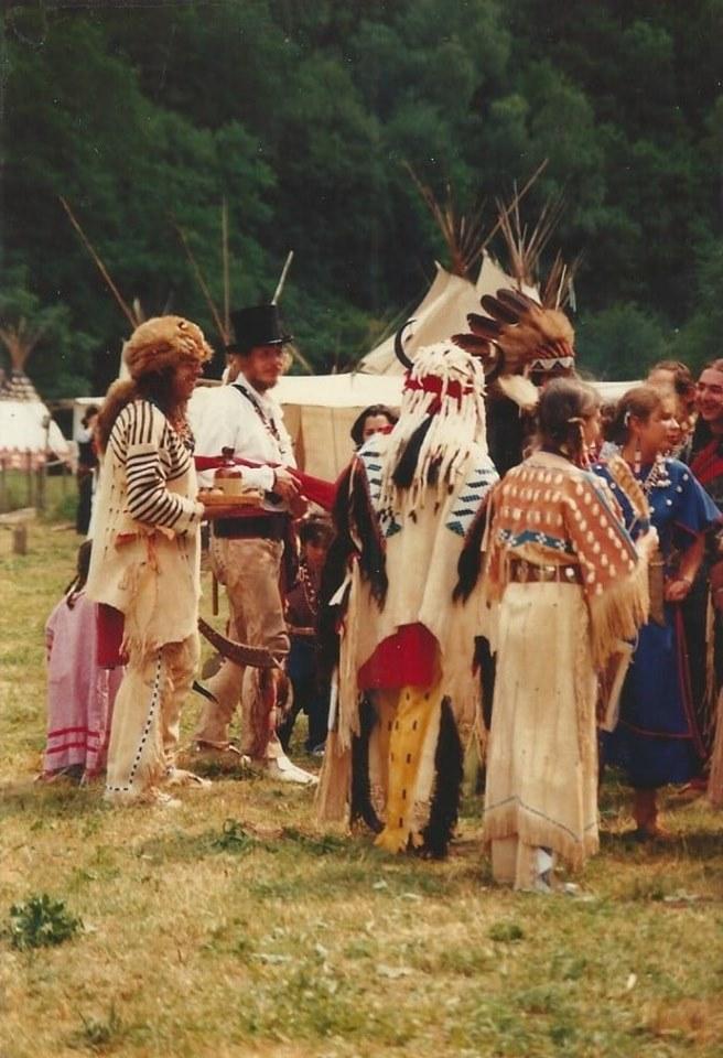 1985 29